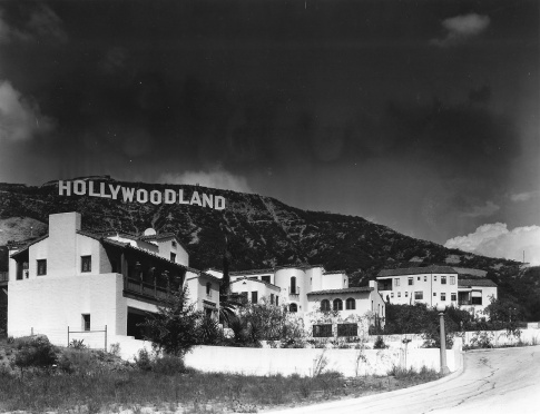 hollywood-sign-04